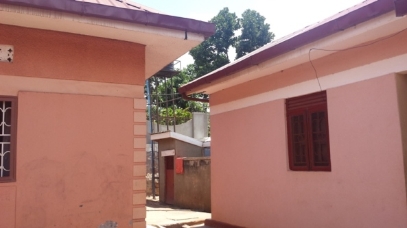 Entebbe Rd Home at 399 Million for Sale20