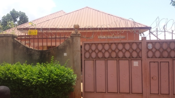 Entebbe Rd Home at 399 Million for Sale33