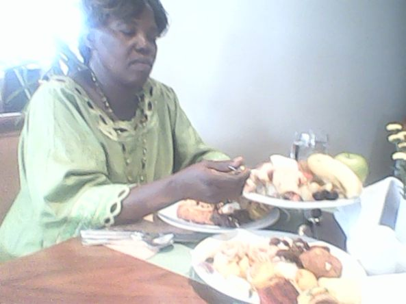 Kivumbi mom Queen Esther for lunch at Sheraton Hotel02